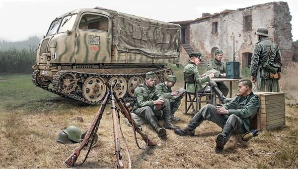 Byggmodell stridsfordon - STEYR RSO/01 med tyska soldater - 1:35 - Italieri