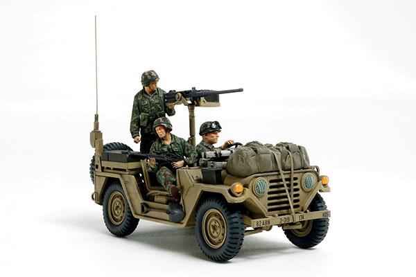 Byggmodell stridsfordon - M151A2 Grenada 1983 - 1:35 - Tamiya