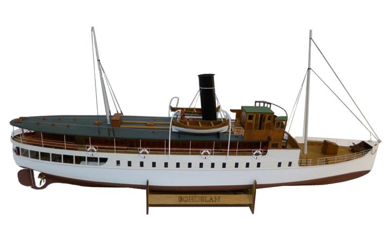 Byggmodell trä - S/S Bohuslän - 1:45 - 95cm - inkl. Led kit - NCB