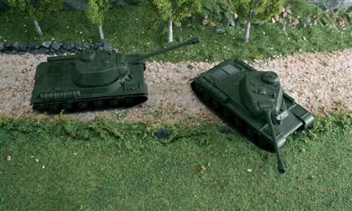 Byggmodell stridsfordon - JS (2x fast assembly kits) - 1:72 - Italieri