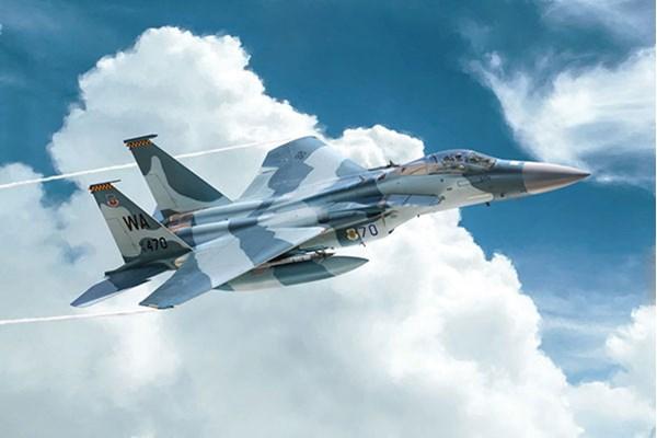 Byggmodell flygplan - F-15C Eagle - 1:72 - IT
