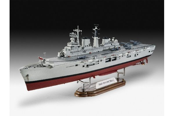 Krigsfartyg - HMS Invincible (Falkland War) - 1:700  - Revell