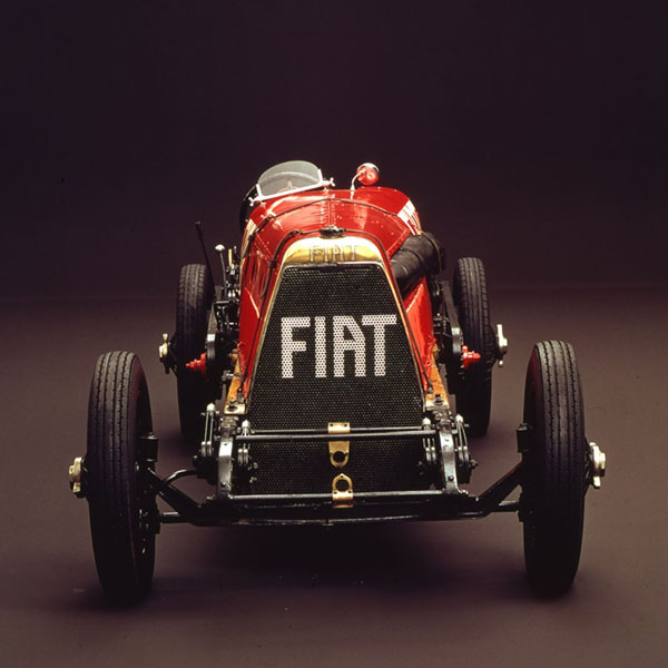Byggmodell bil - FIAT Mefistofele - 1:12 - IT