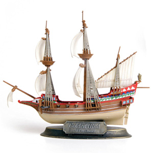 Byggmodell segelbåt - English Galleon Golden Hind - 1:350