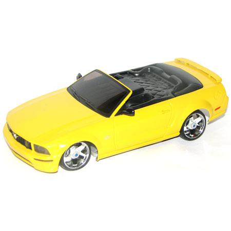 Radiostyrda bilar - 1:28 - Iwaver 04M Ford Mustang - 4WD - 2,4Ghz - LCD - Gul - RTR