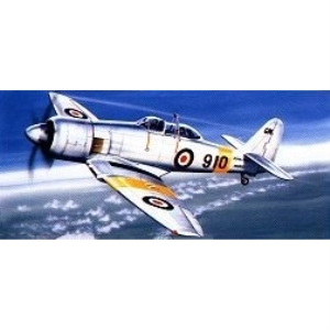 Modellflygplan - Hawker Sea Fury T-20 - 1:72