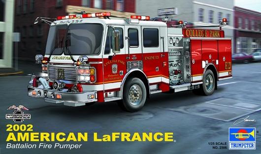 Byggmodell lastbil - American LaFrance Brandbil Eagle - 1:25 - Trumpeter