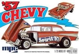 Byggmodell bil - 1957 Chevy Flip Nose?- 1:25 - MPC