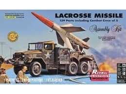 Byggmodell stridsfordon - LaCrosse Missile SSP - 1:32 - Monogram