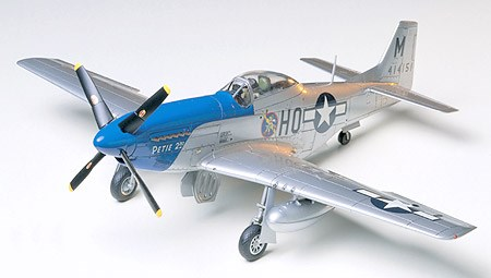 Byggmodell flygplan - N.A.P-51D Mustang 8th AF 1:48 Tamiya