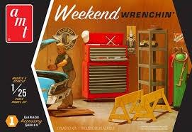 Byggmodell bil - Garage Accessory set - 1:25 - AMT