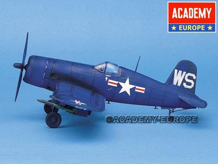 Modellflygplan - F-4U-4B CORSAIR - 1:48 - Academy