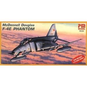 Modellflygplan - Mc Donnell Douglas F-4E Phantom - 1:96