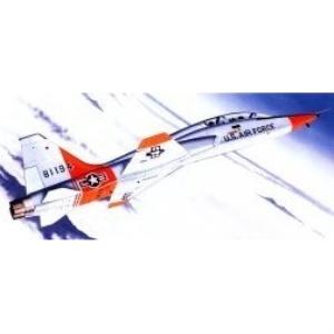 Modellflygplan - Northrop T-38A Talon - 1:72