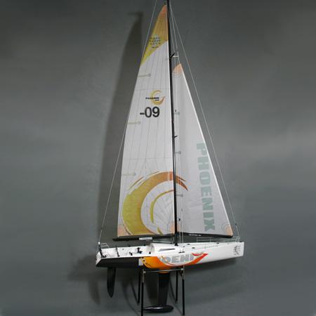 Radiostyrd segelbåt - Phoenix 870 2,4GHz - RTR
